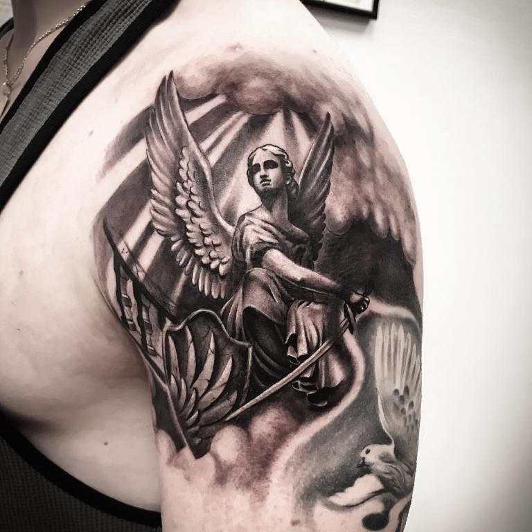 Тату архангел Михаил