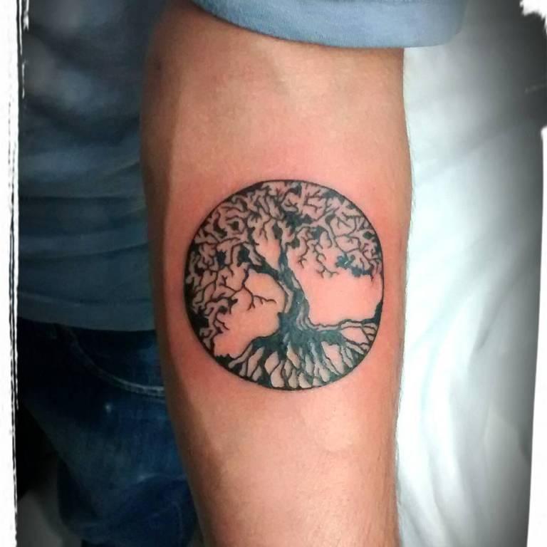 татуировки на предплечье мужские эскизы