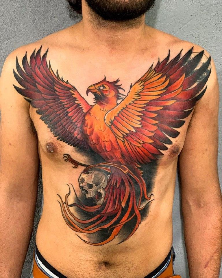 Татуировка феникс с черепом