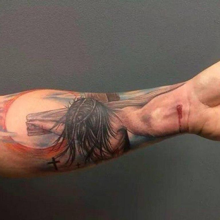 Цветная тату крест