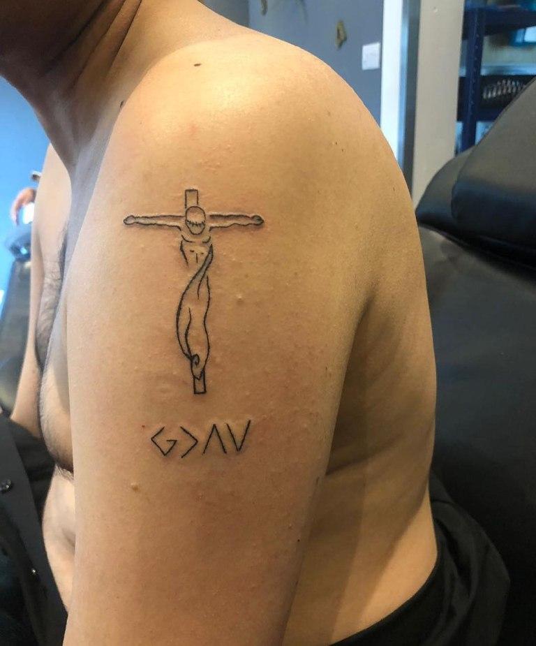 Тату крест мужская