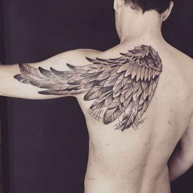 Тату крылья орла