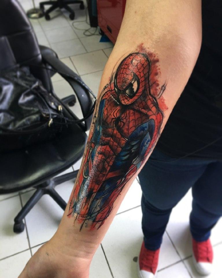 тату человек паук