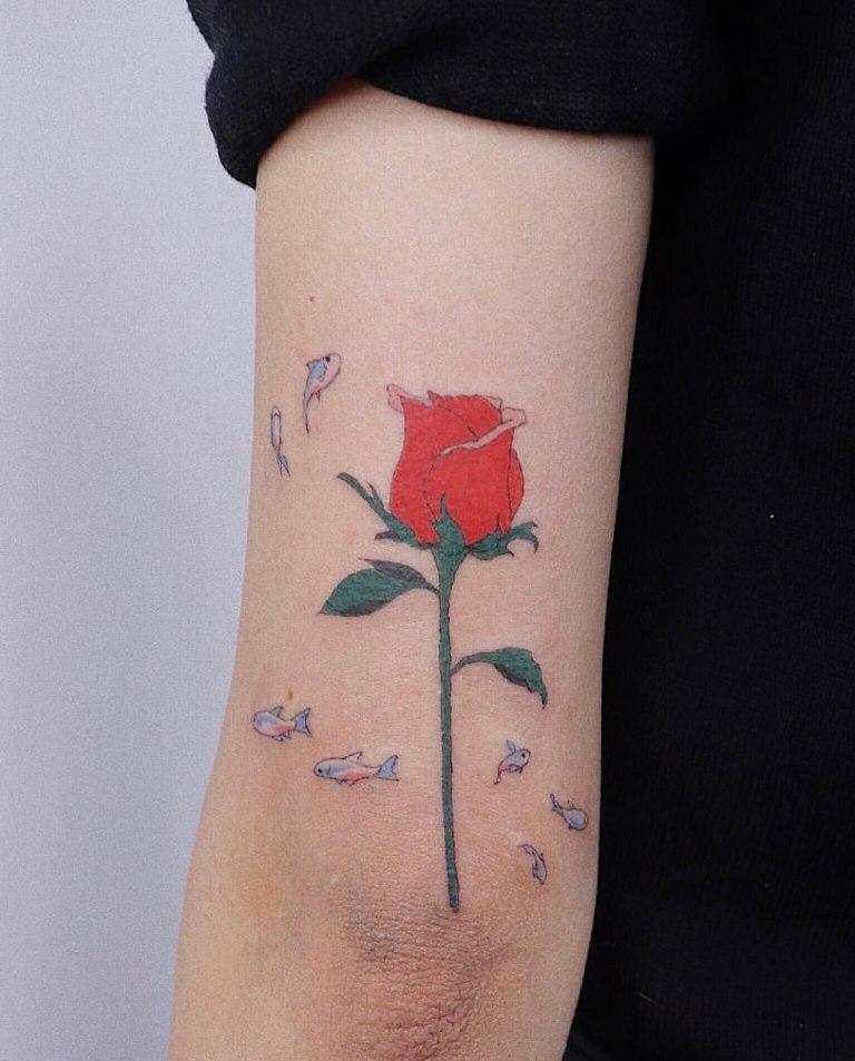 Роза с рыбами