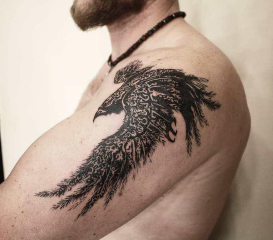 Тату кельтский ворон