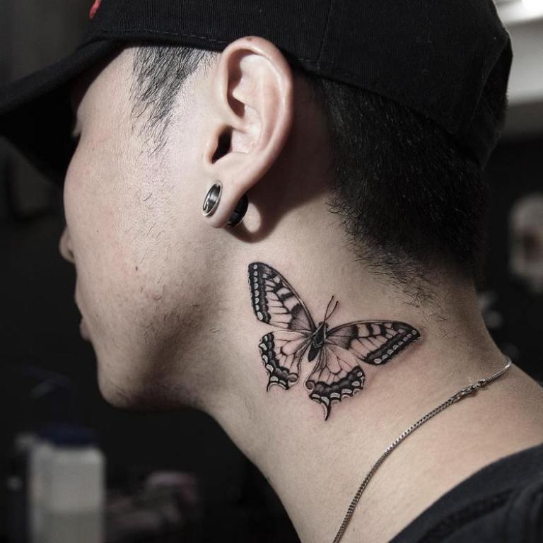 что означает тату бабочки у девушки