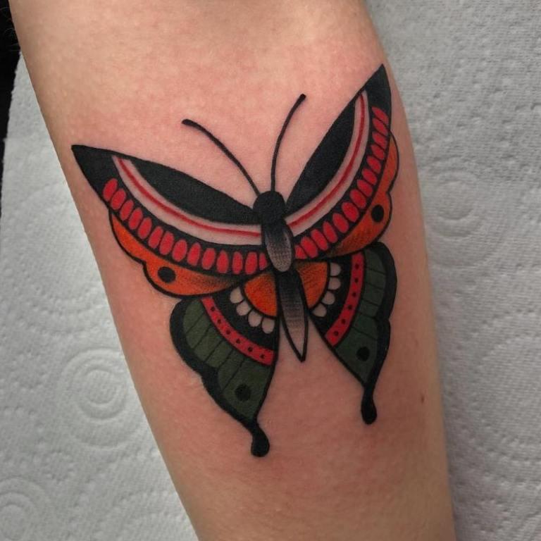 значение тату бабочка