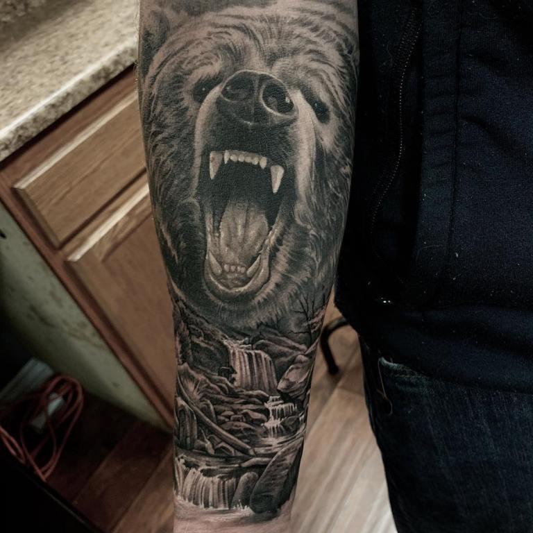 значение тату медведь