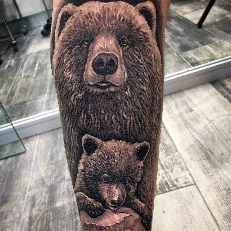 значение татуировки медведя
