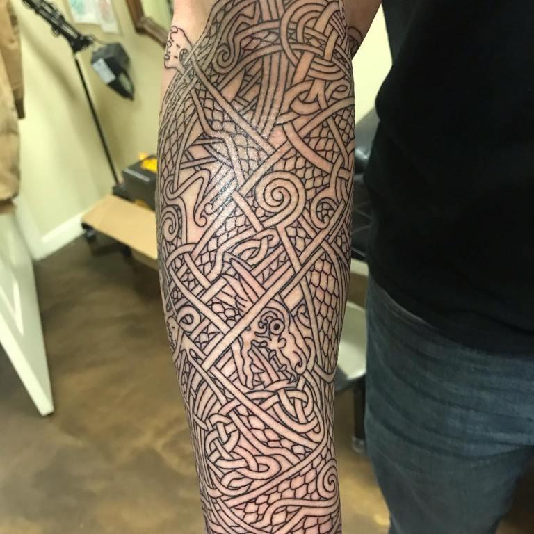 кельтский узор на руку