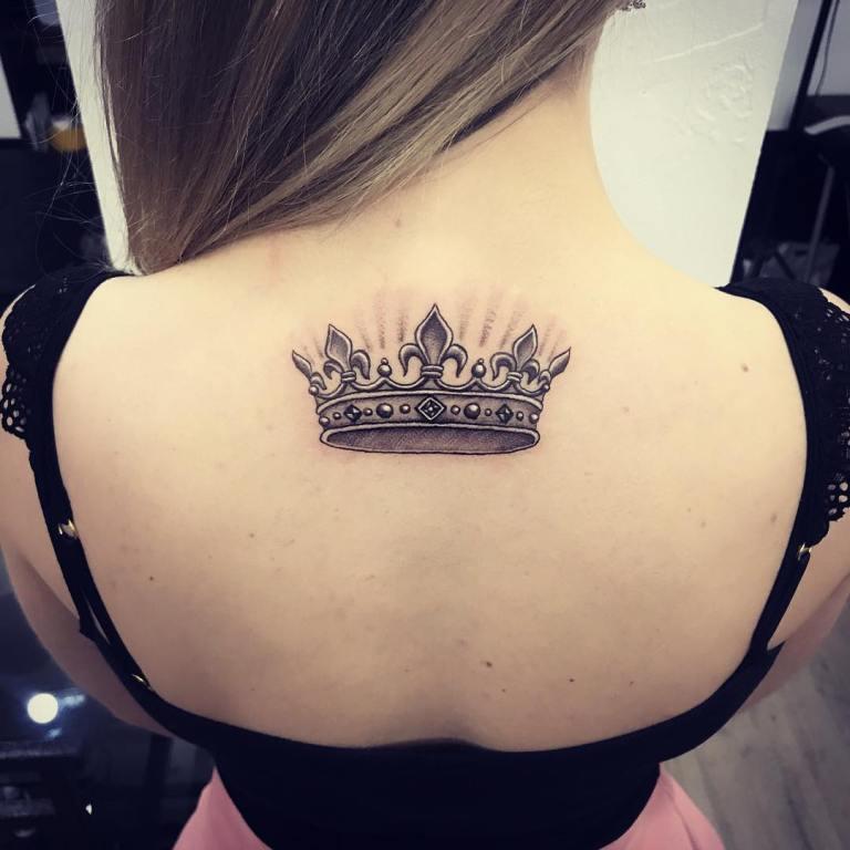 тату корона значение для девушек