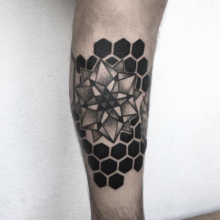 геометрические тату эскизы