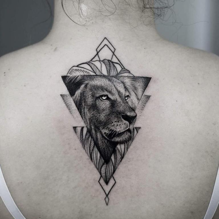 геометрическая тату