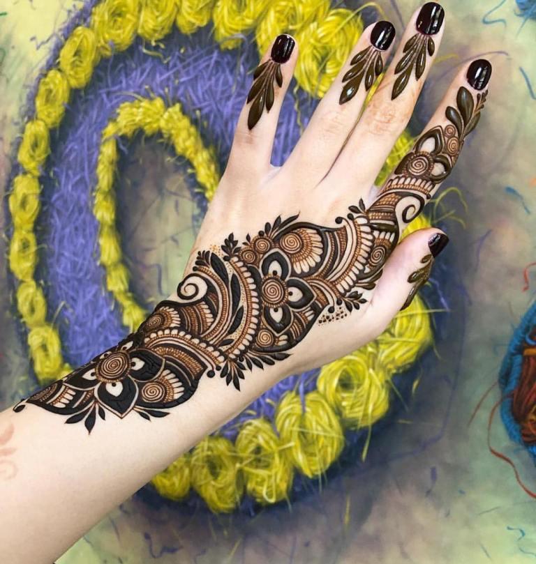 красивые рисунки на руке