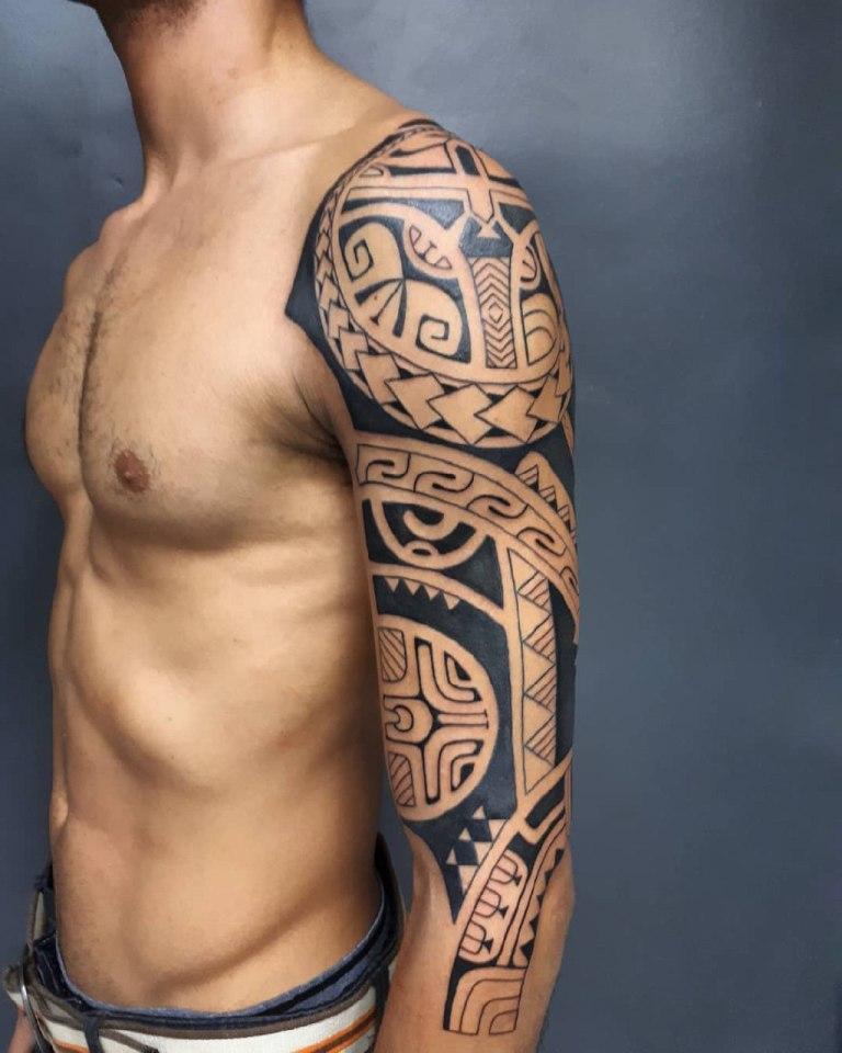 показать фото на плече полинезия признаюсь