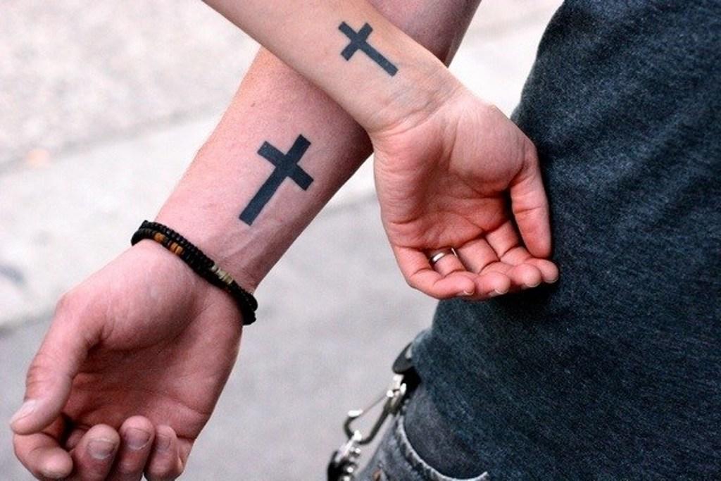 маленькие татуировки для мужчин на руке