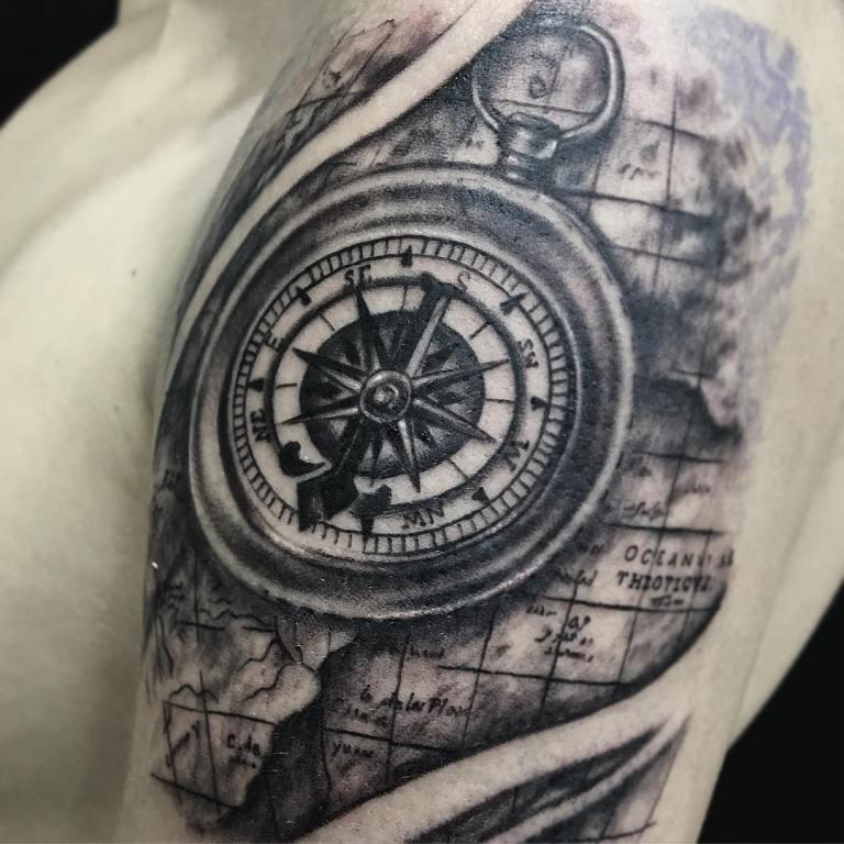 тату компас обозначение