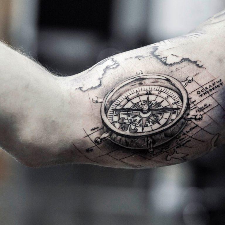 что означает тату компас на руке