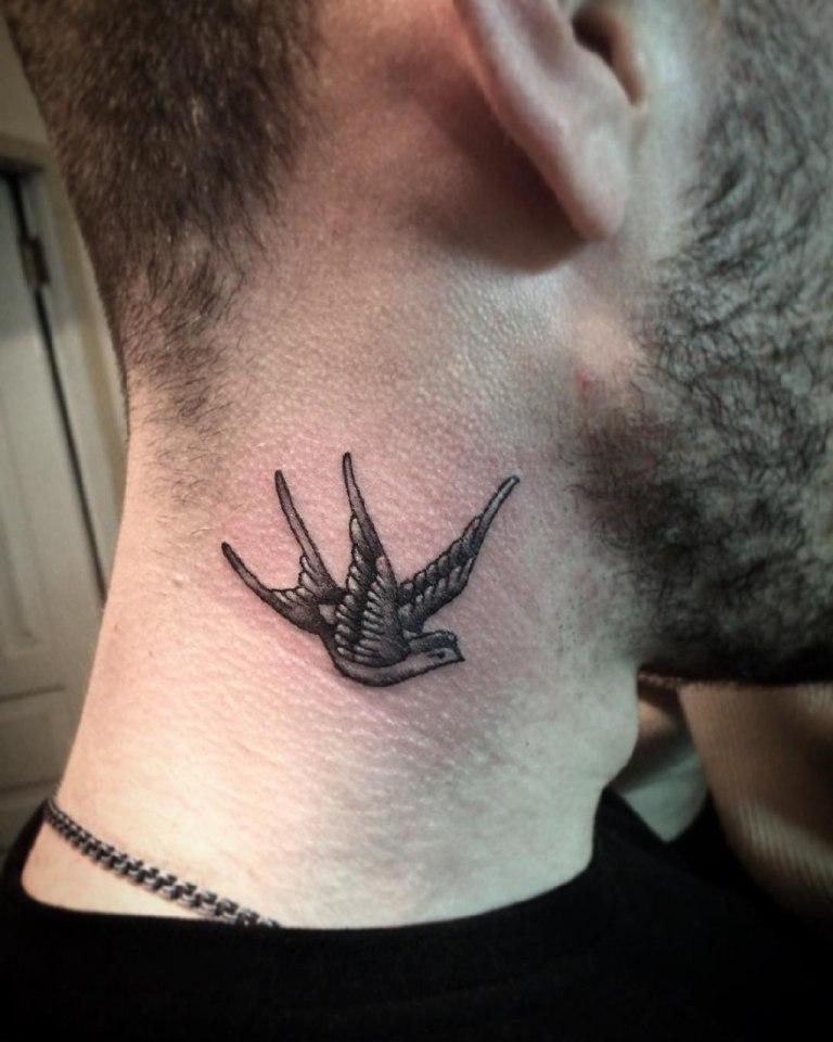 миниатюрные тату для мужчин