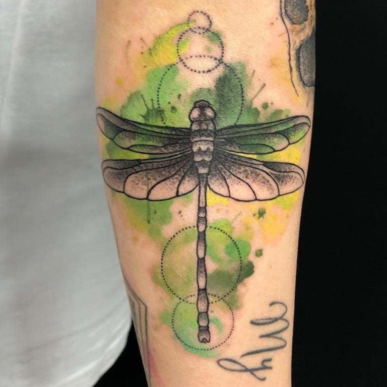что значит татуировка стрекоза