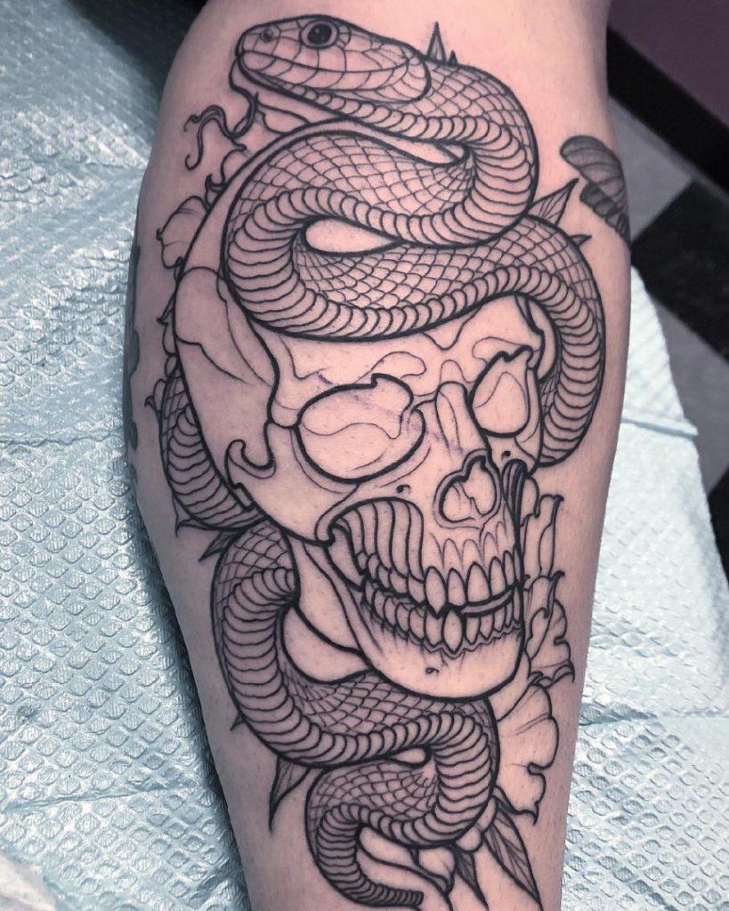 татуировки змея