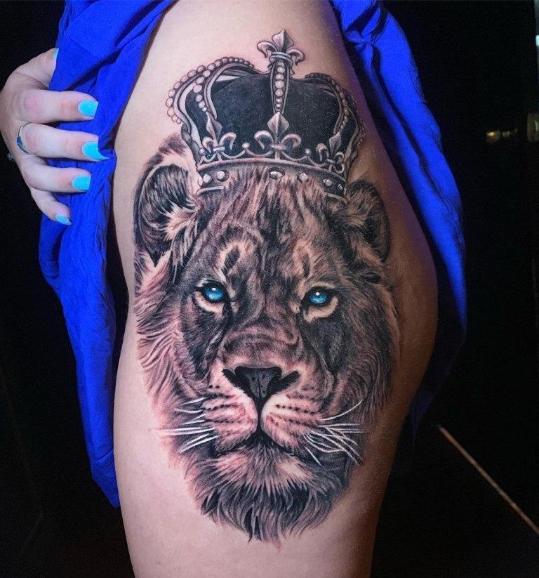 татуировки на бедре для девушек