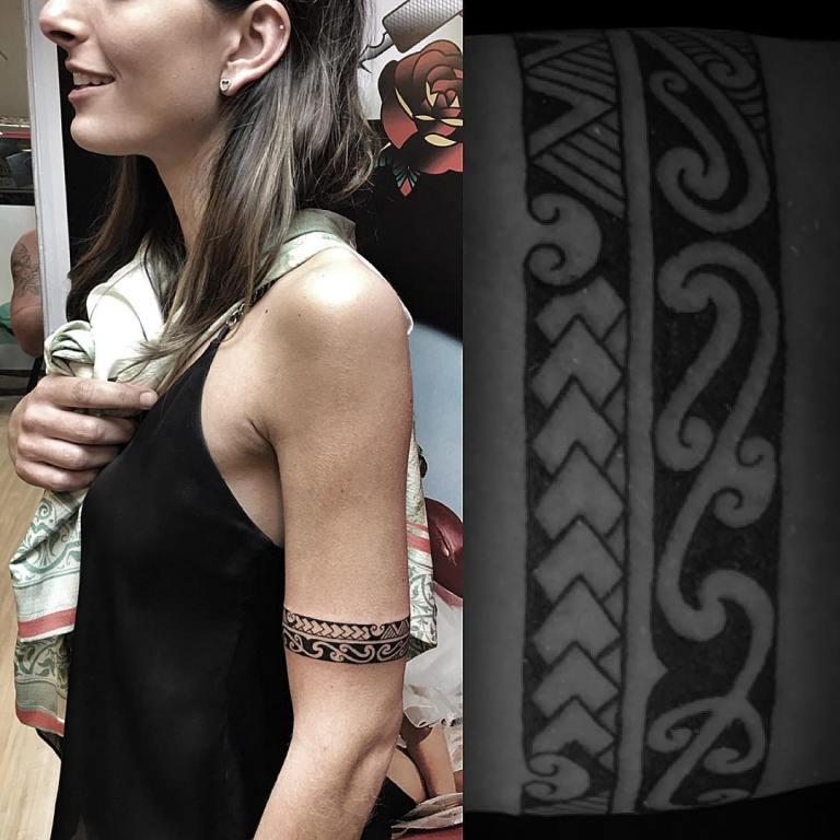 татуировки на плече для девушек