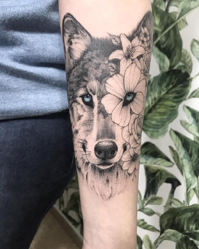 татуировки для девушек на руку