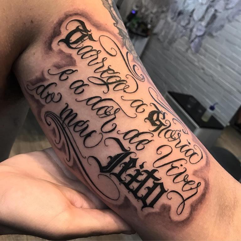 тату надписи на руках