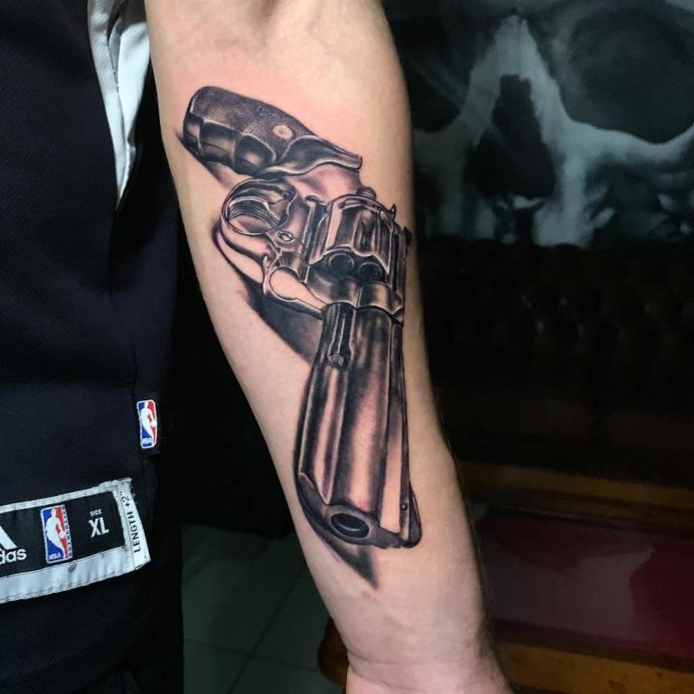 татуировки пистолет