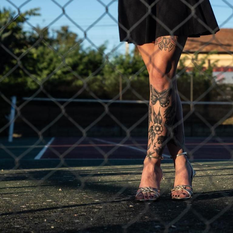 тату на ногу