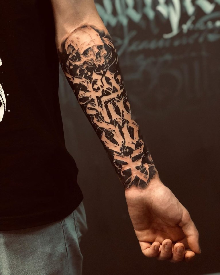 татуировки надписи на руке