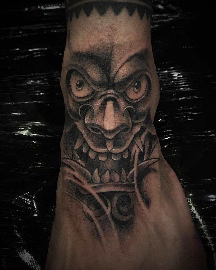 маски японских демонов
