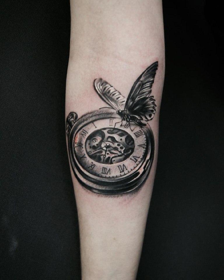 тату часы на руке значение