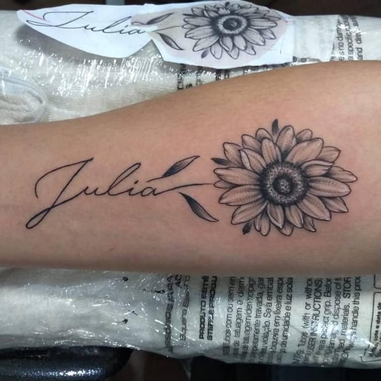 татуировки с именами