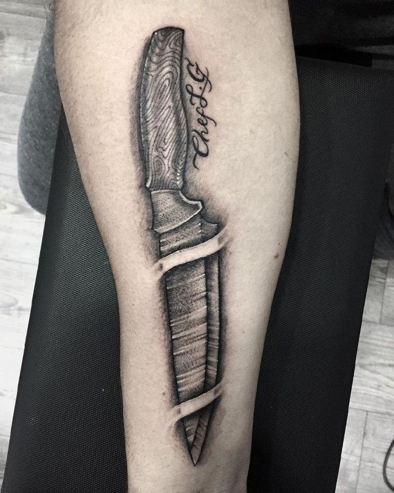 тату нож значение