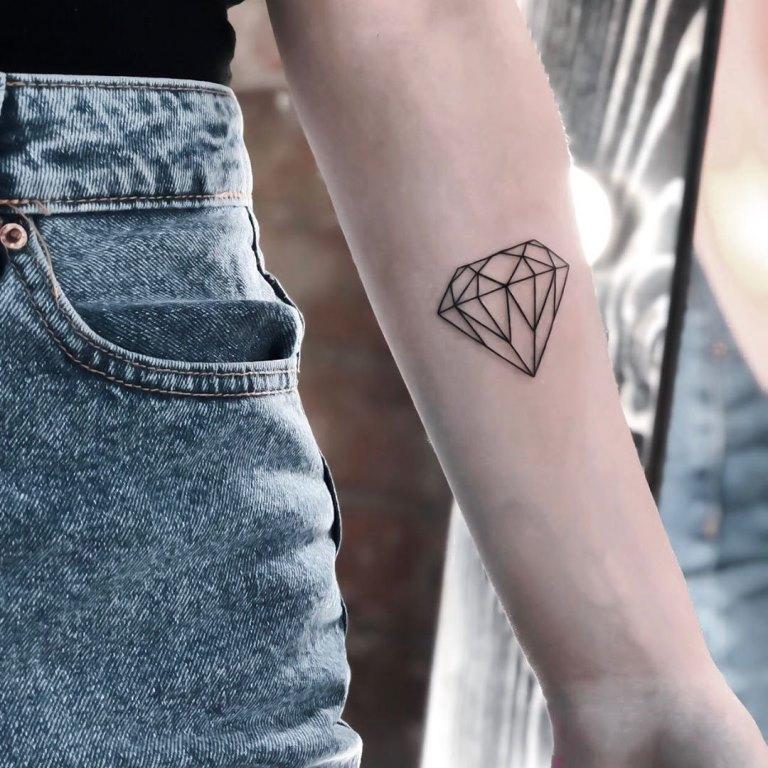 значение татуировки бриллиант