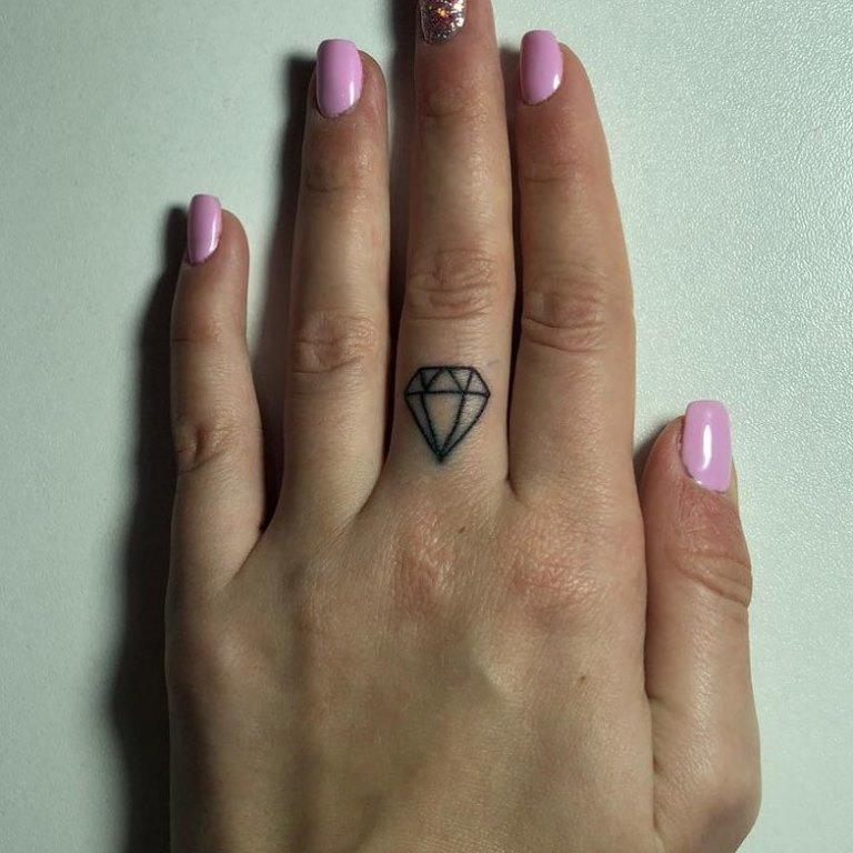 татуировка алмаз значение