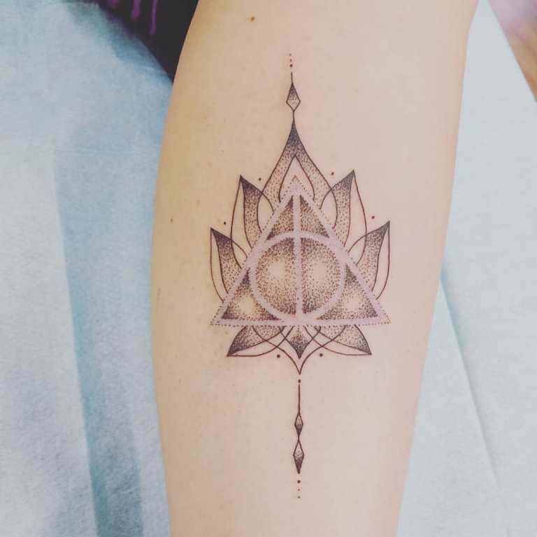 татуировка гарри поттер