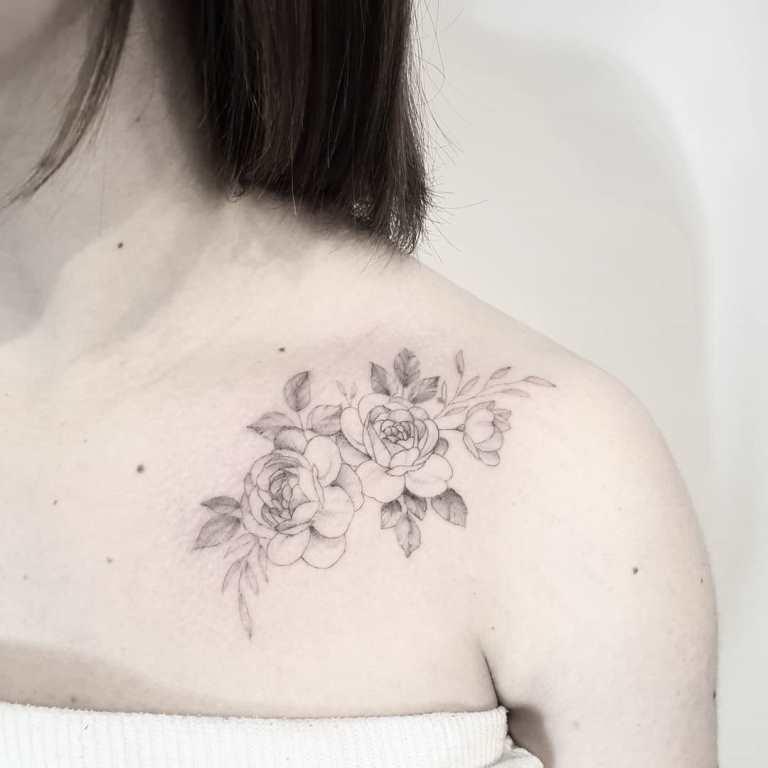 татуировка пионы