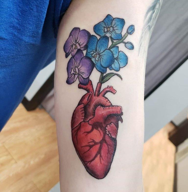 татуировка сердечко