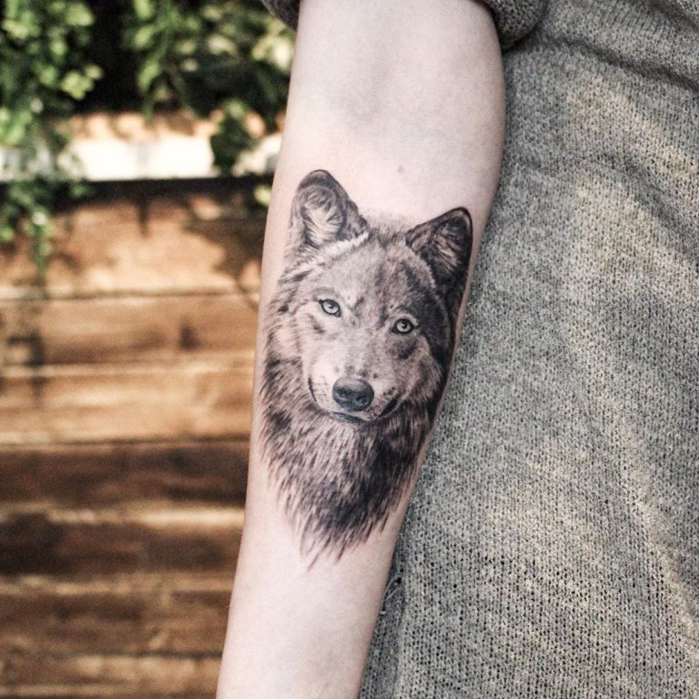 волк тату значение у девушек