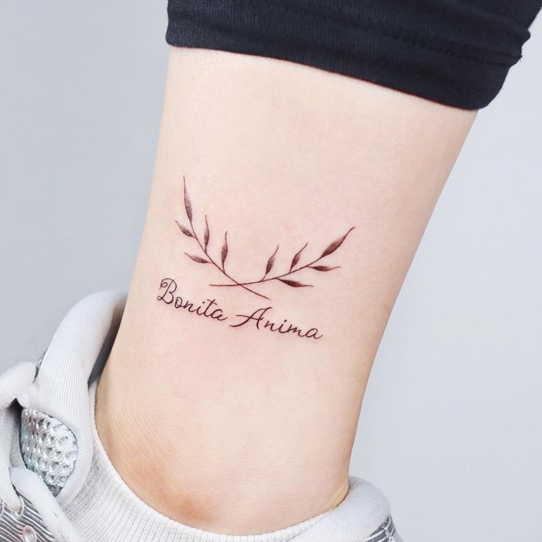 татуировка на лодыжке