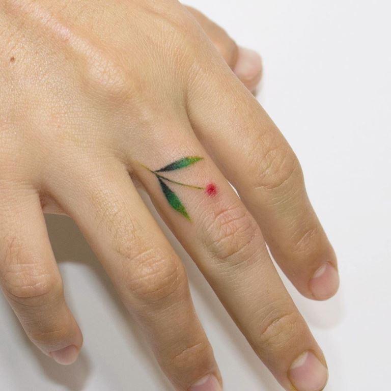 татуировка минимализм