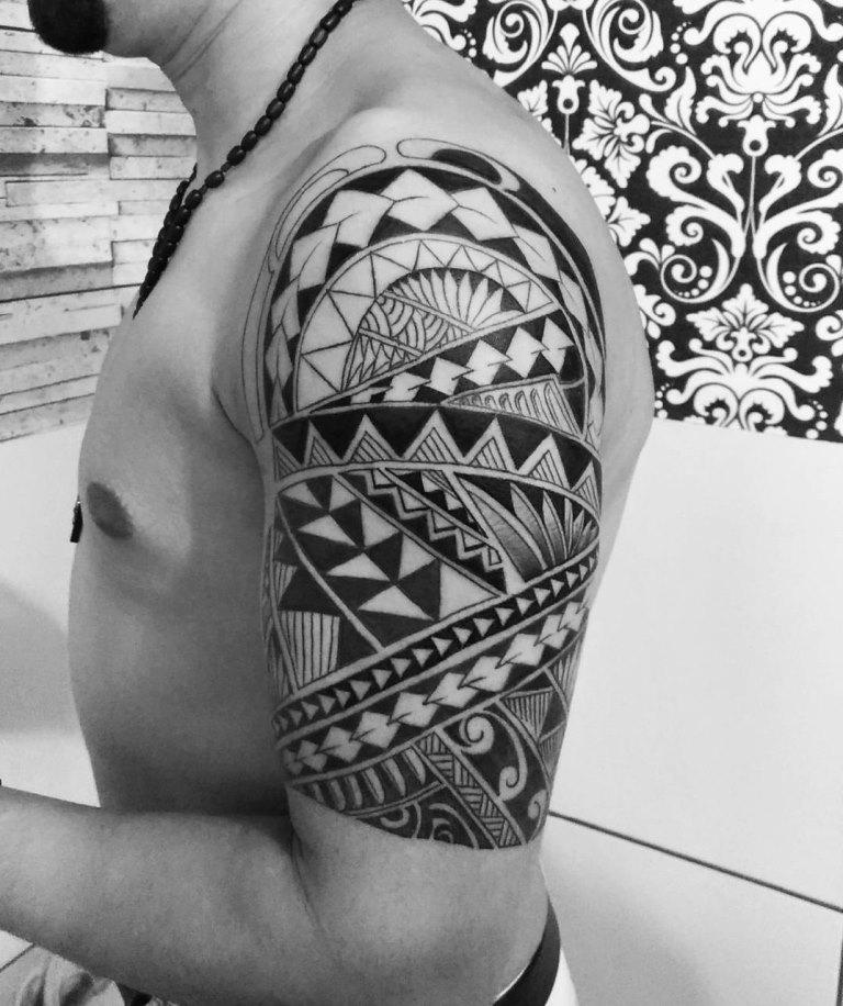 трайбл татуировки