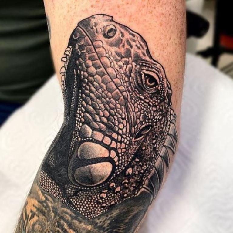 татуировка ящерица значение