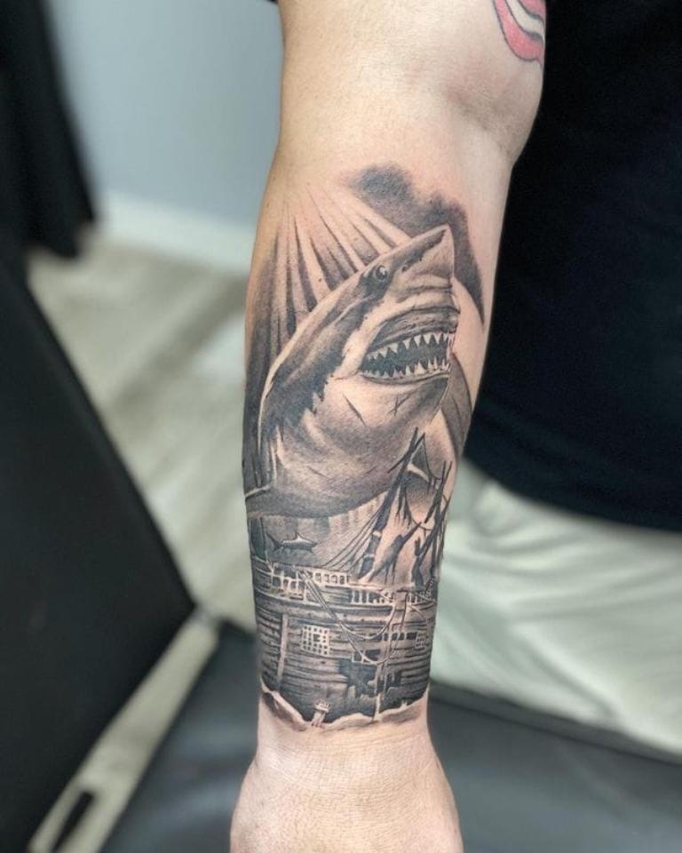 что обозначает тату акула