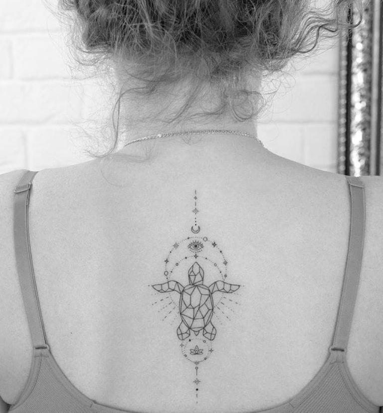 что означает тату черепаха